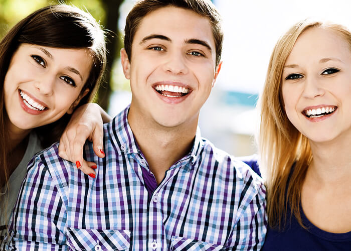 Invisalign Comprehensive with teen features